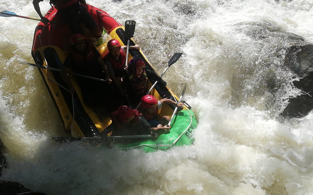 rafting TRIPS with river guide Mr Palong