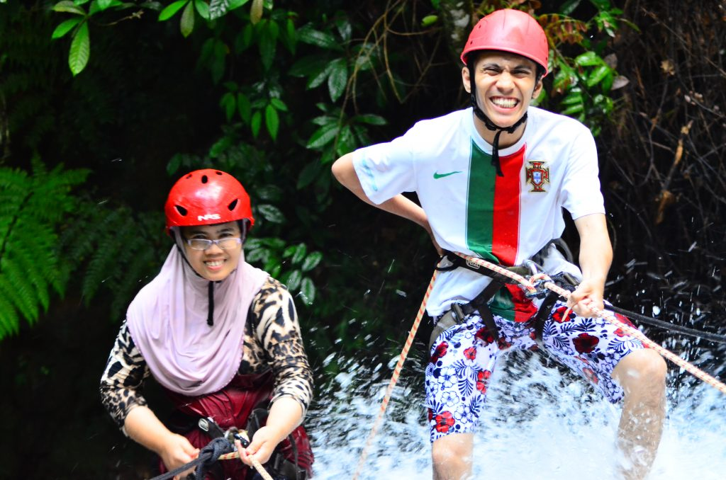 Abseiling_Waterfall_Adventure