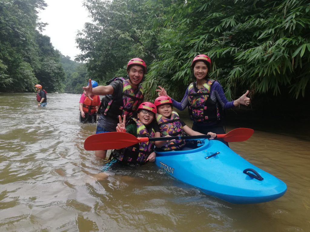 enjoy the quality time with own family in Gopeng Rafting Malaysia