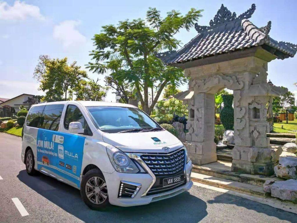 Kuala Lumpur MPV rental executive Hyundai Starex