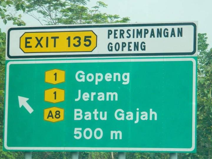 Signboard exit 135 Gopeng Jeram Batu Gajah